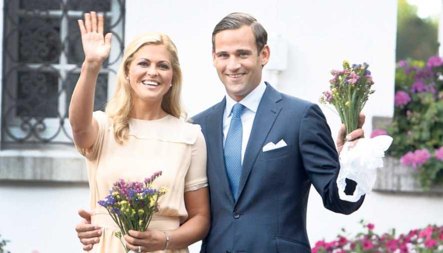 JAAAAAAAAAA I augusti förra året eklaterade prinsessan Madeleine och Jonas Bergström sin förlovning på Solliden på Öland. Madeleine berättade glatt om frieriet på italienska Capri och visade upp sin gnistrande ring för den samlade presskåren. Men nu visar det sig att bakom fasaden var inte allt så lyckligt.
