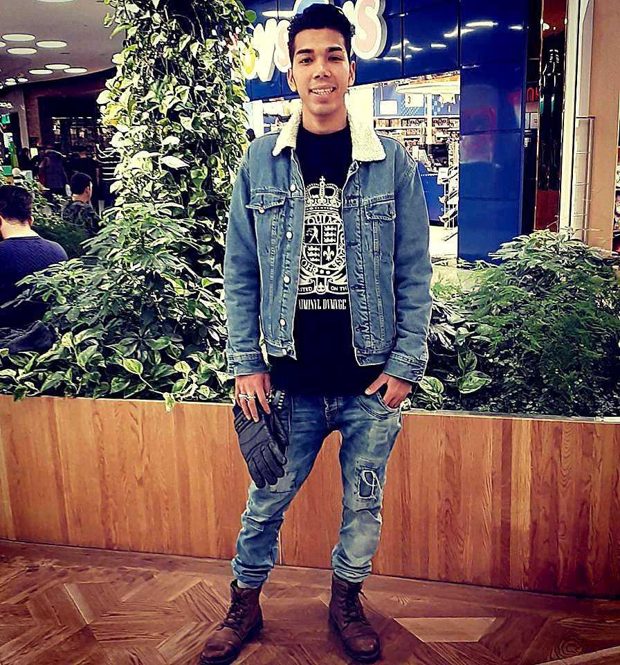 17-årige Mahmoud Alizade knivskars till döds på Enskede gårds gymnasium.