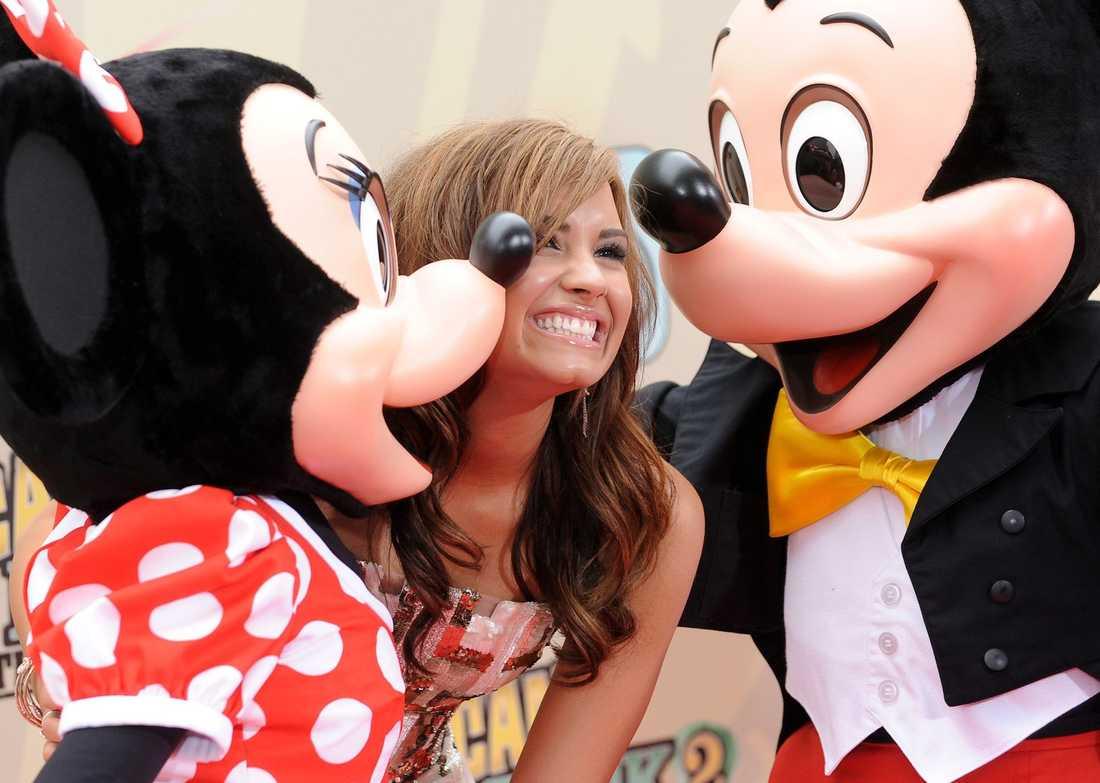 "Cirka 80000 kronor per avsnitt. Demi Lovato, 18, ""Sonny With a Chance"", Disney."
