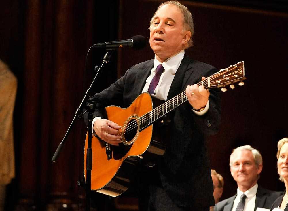 Paul Simon släppte sin första skiva tillsammans med Art Garfunkel 1964 – nästan 50 år senare belönas han med Polarpriset för sin musikaliska gärning.
