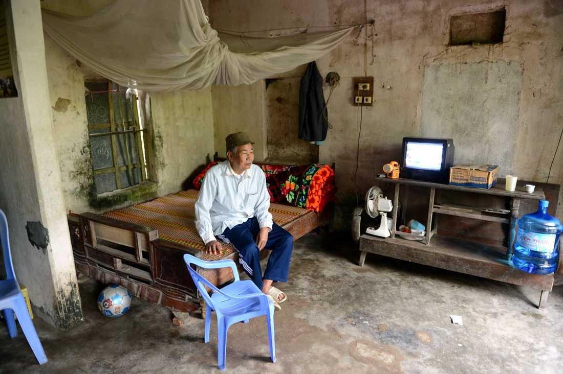 Trungs farfar är 74 år gammal och krigsveteran. Han bor tillsammans med resten av familjen.