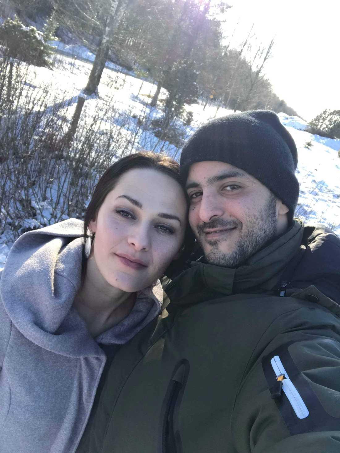 AnisaMarkisic, 37, och maken Mohammed Ashram, 29.