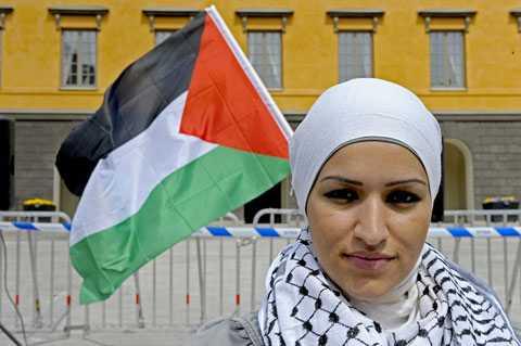 Samaa Sarsours pappa var ombord på ett av fartygen, nu sitter han i israeliskt fängelse.