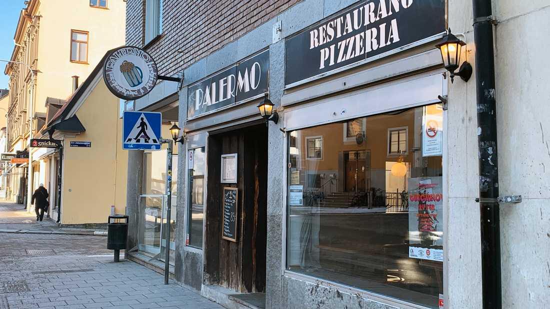 Efter att ha blivit av med serveringstillståndet åtalas nu också ägarna av Palermo för skattebrott.