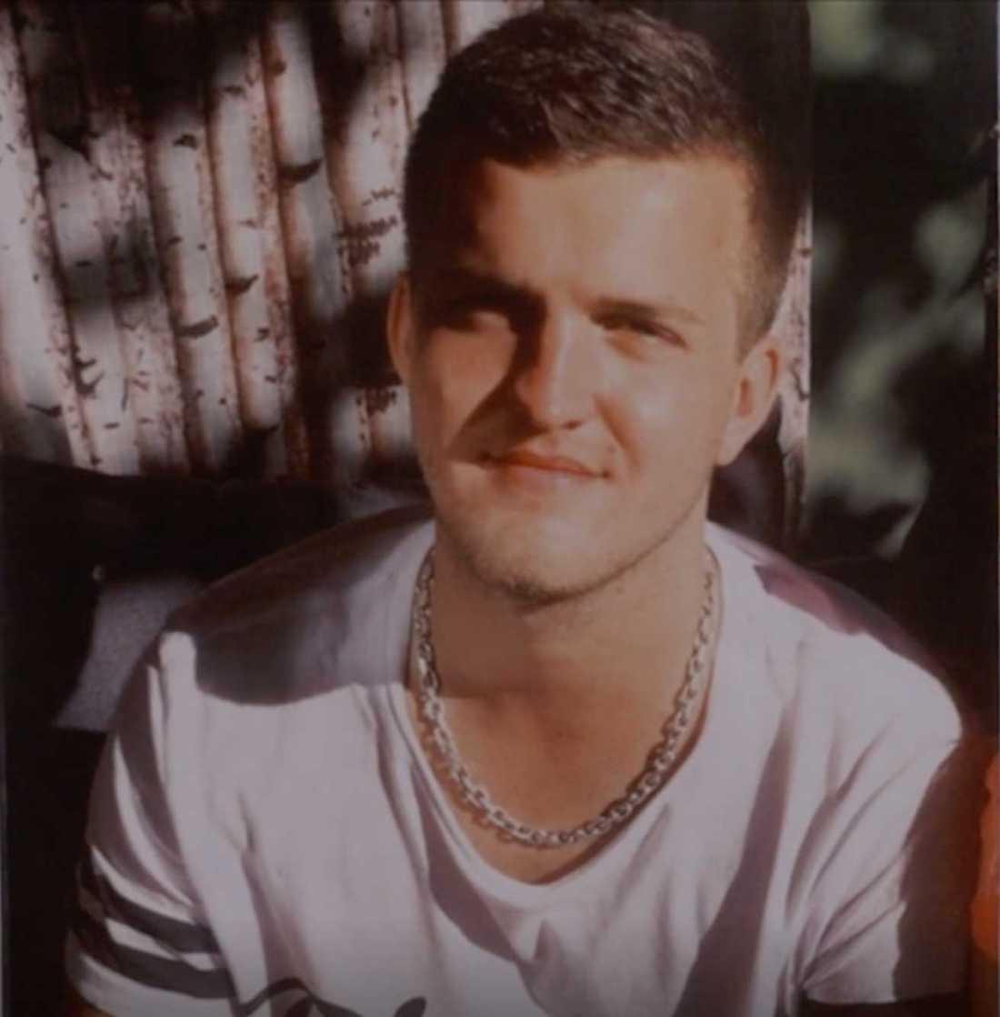 Paulo Longoni, 26.