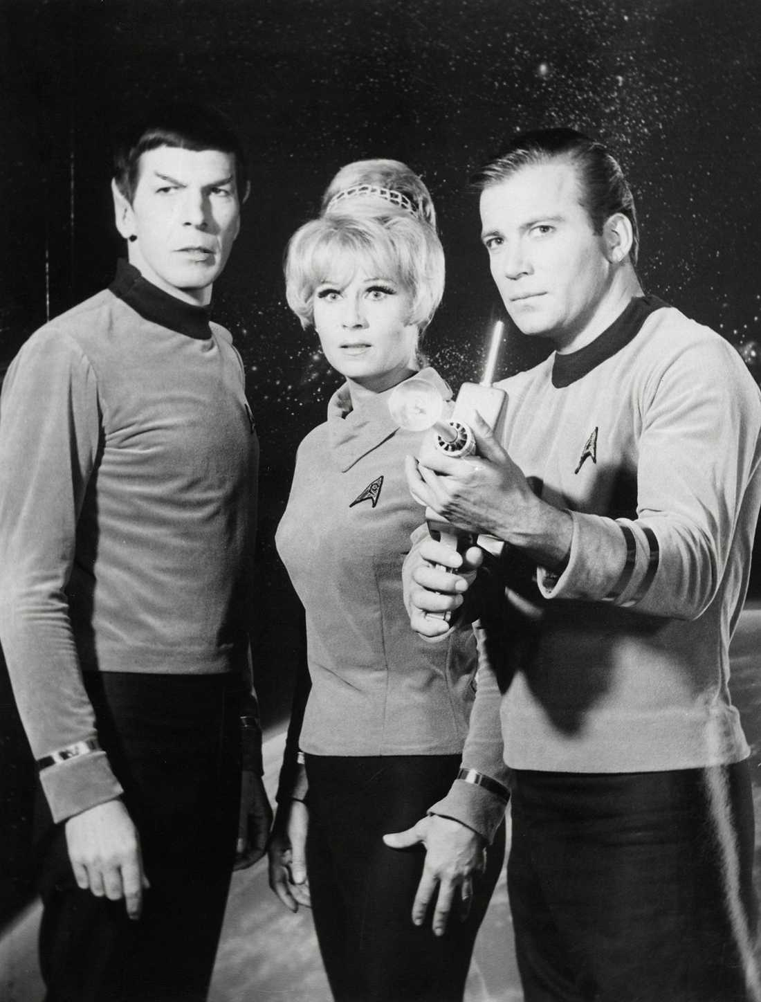 "Leonard Nimoy, Grace Lee Whitney och William Shatner i ""Star Trek"" 1966-1969."