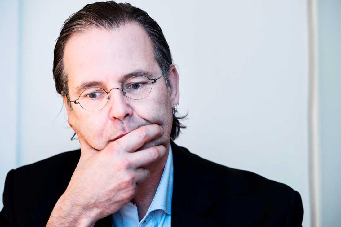 Den tidigare finansministern Anders Borg är ångerfull efter festkvällen i Stockholms skärgård.