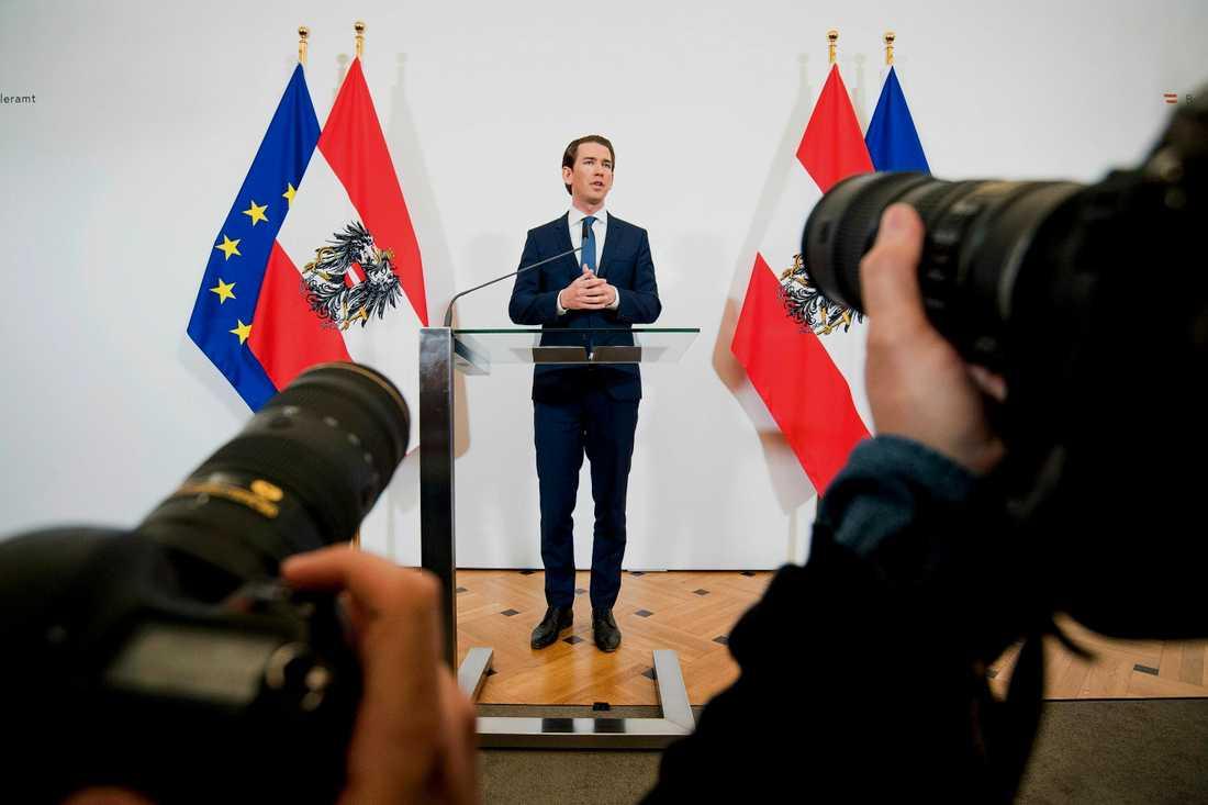 Österrikes förbundskansler Sebastian Kurz under en presskonferens den 18 maj.