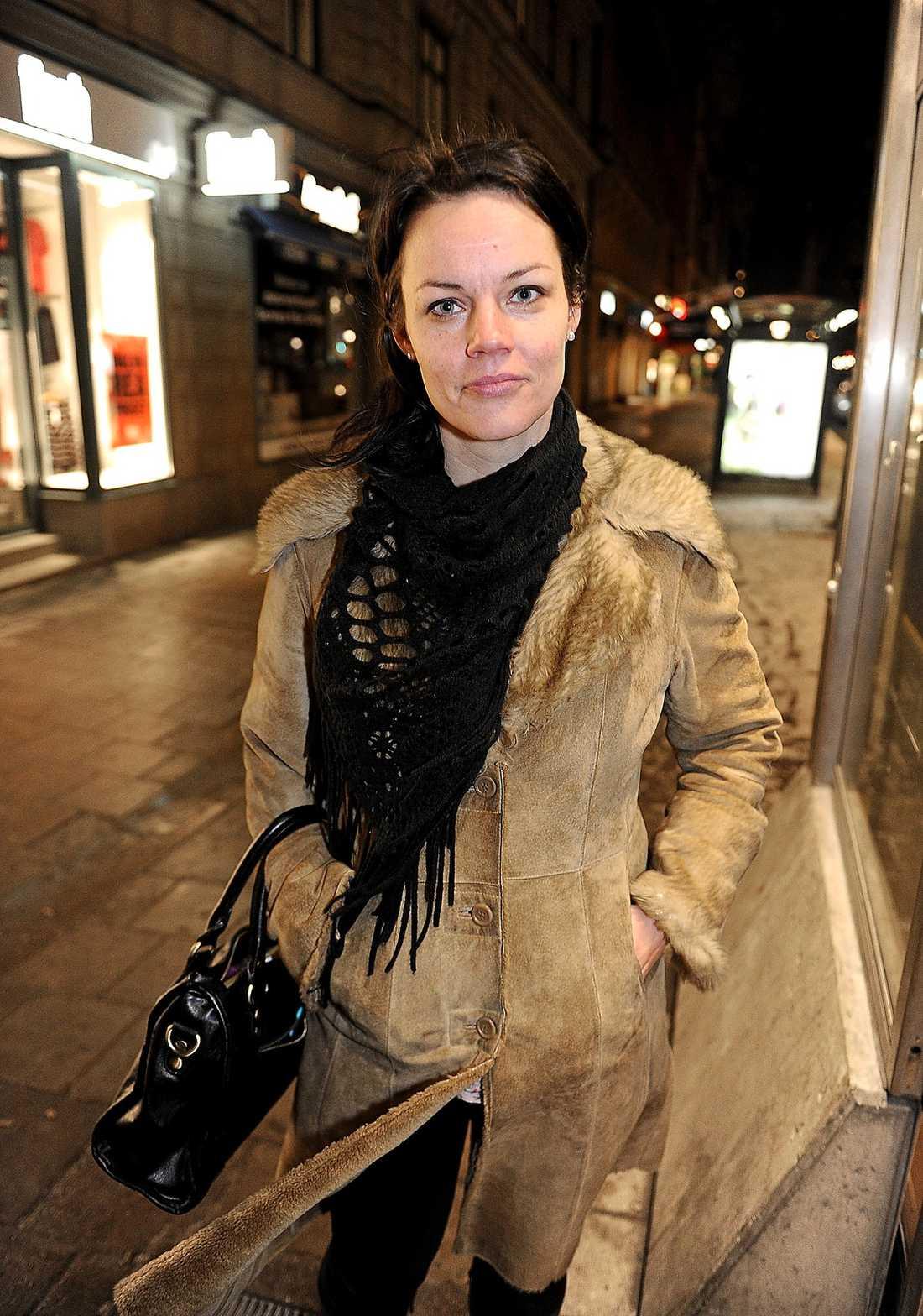 Veronica Palm, 38, riksdagsledamot och bostadspolitisk talesperson, ordförande för S i Stockholms stad: Tillhör det klassiska vänsterfästet i Stockholms stad. För långt ut på vänsterkanten för att kunna accepteras som partiledarkandidat av högerfalangen.