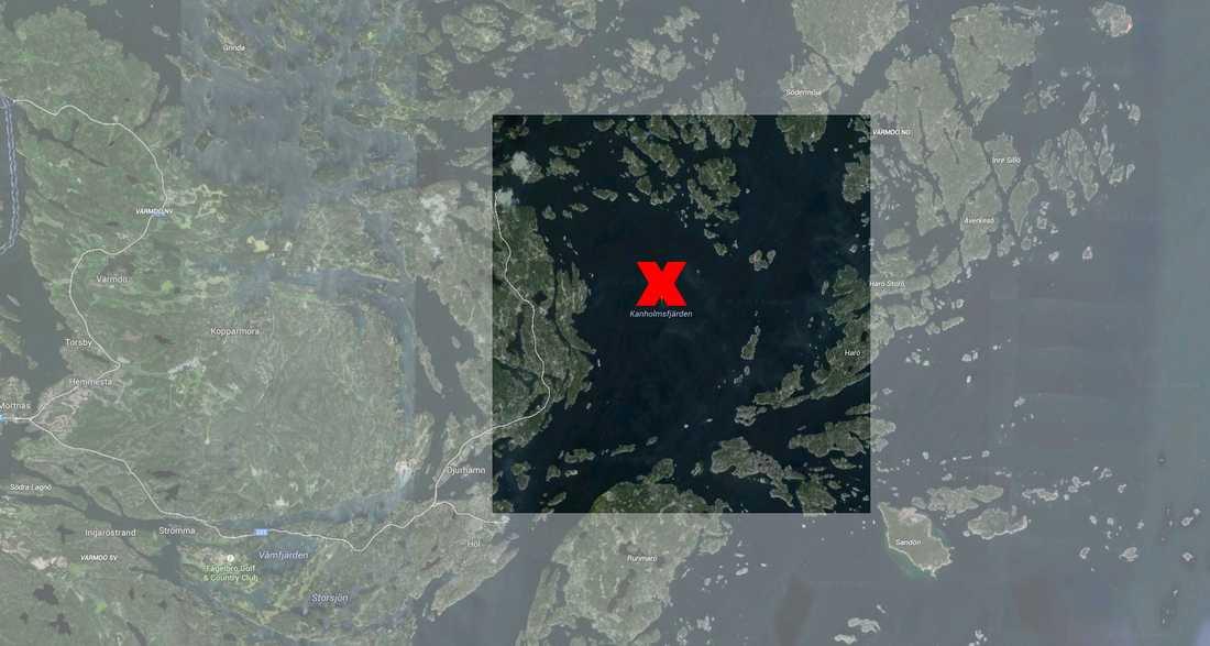 I området i och kring Kanholmsfjärden i Stockholms skärgård pågår marinens underrättelseoperation.