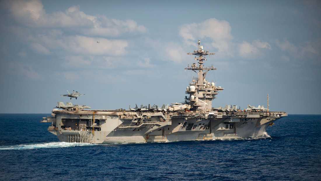Coronaviruset verkar ha fått fäste på ett amerikanskt hangarfartyg. Arkivbild.