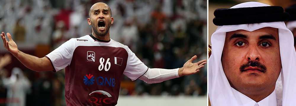 Qatars spelare Mahmoud Hassab Alla (vänster) och emiren Tamim bin Hamad Al Thani.