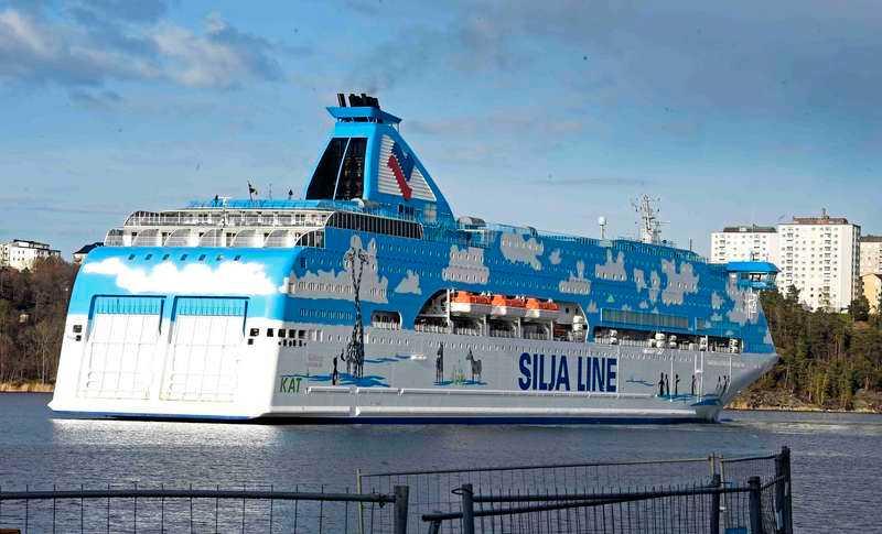 Personalen på Silja Line ringde in det misstänkta brottet.