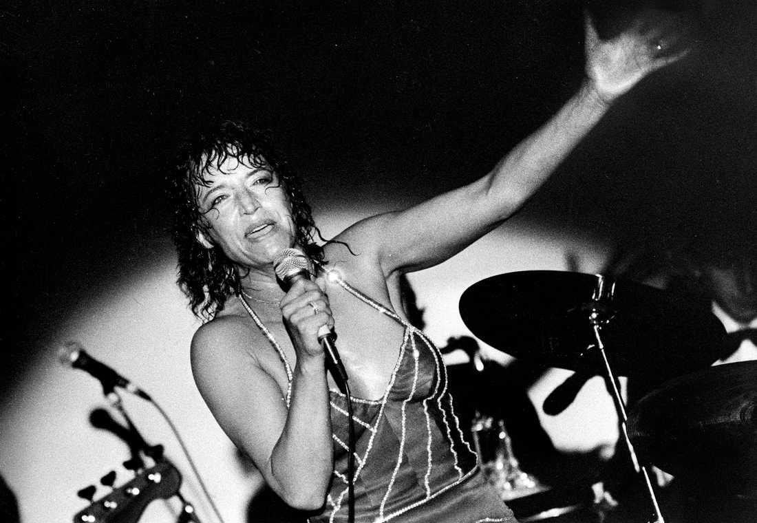 Lill-Babs på scen 1979.