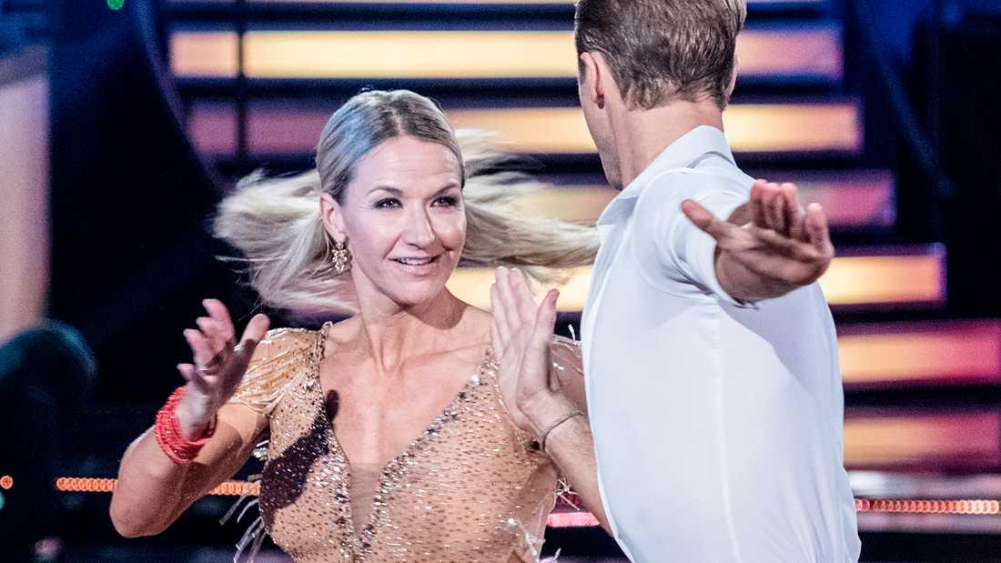 """Kristin Kaspersen är kvar i """"Let's dance""""."""