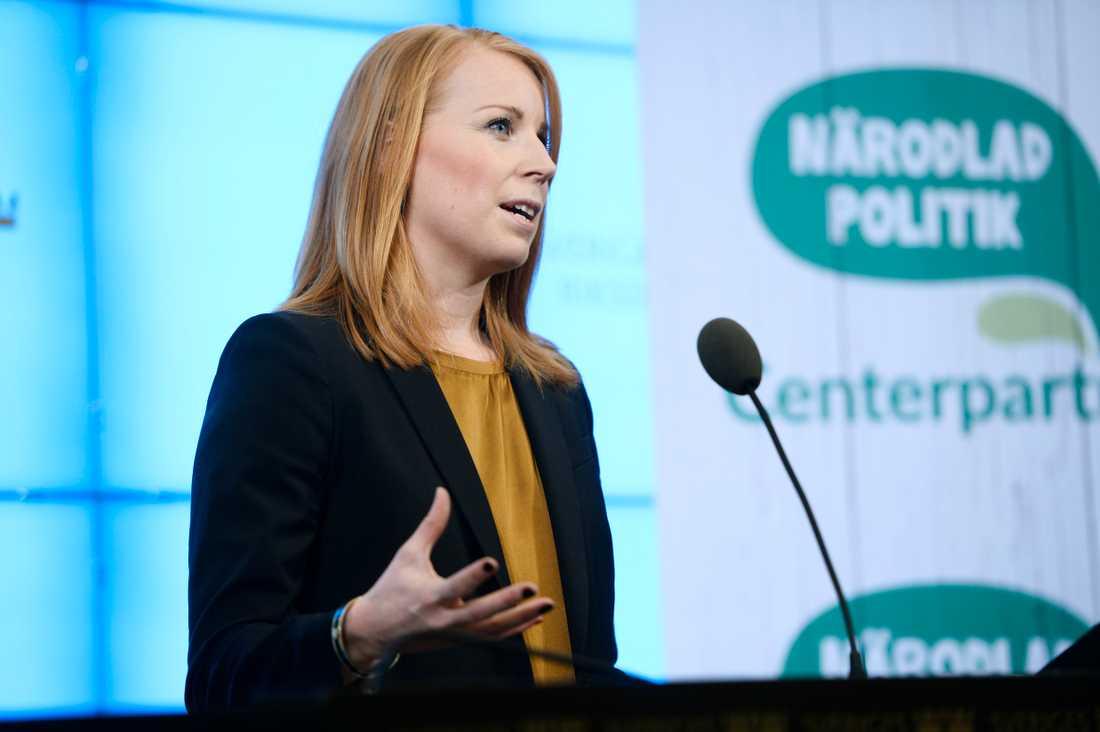 Annie Lööf kommenterade M-utspelet under en presskonferens.