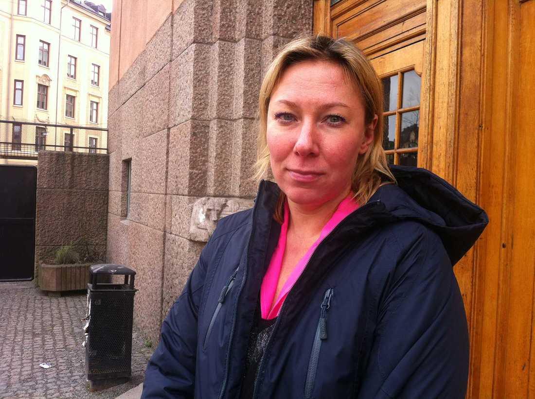 """""""Det är fruktansvärt"""" säger läraren Irina Florido."""