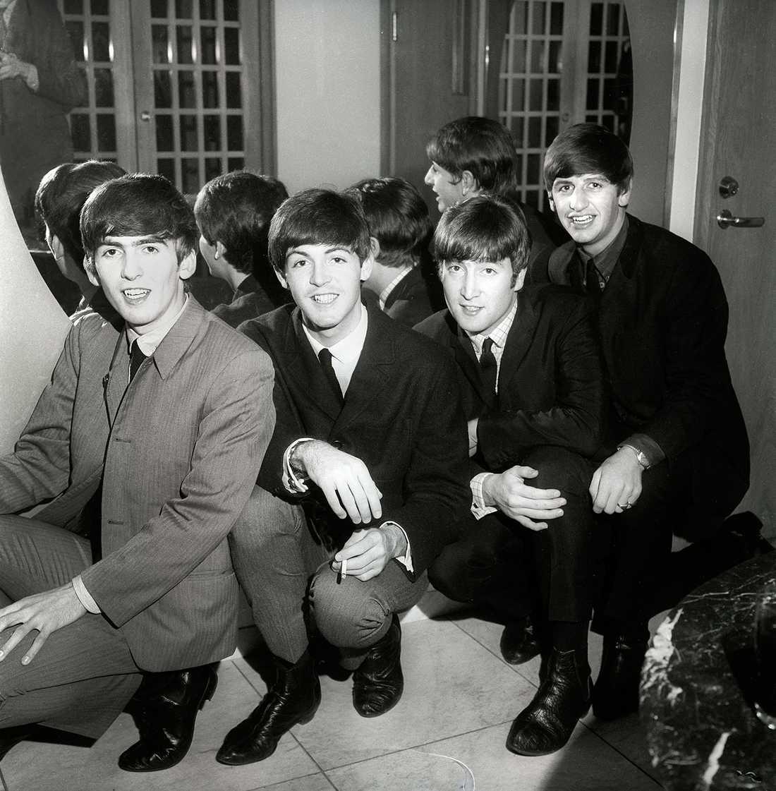 FÖRSTA SVERIGEBESÖKET I oktober 1963 gjorde The Beatles en legendarisk radioinspelning på Karlaplansstudion inför en publik på 250 personer. Rättigheterna köptes senare av Apple Records, Beatles eget bolag.