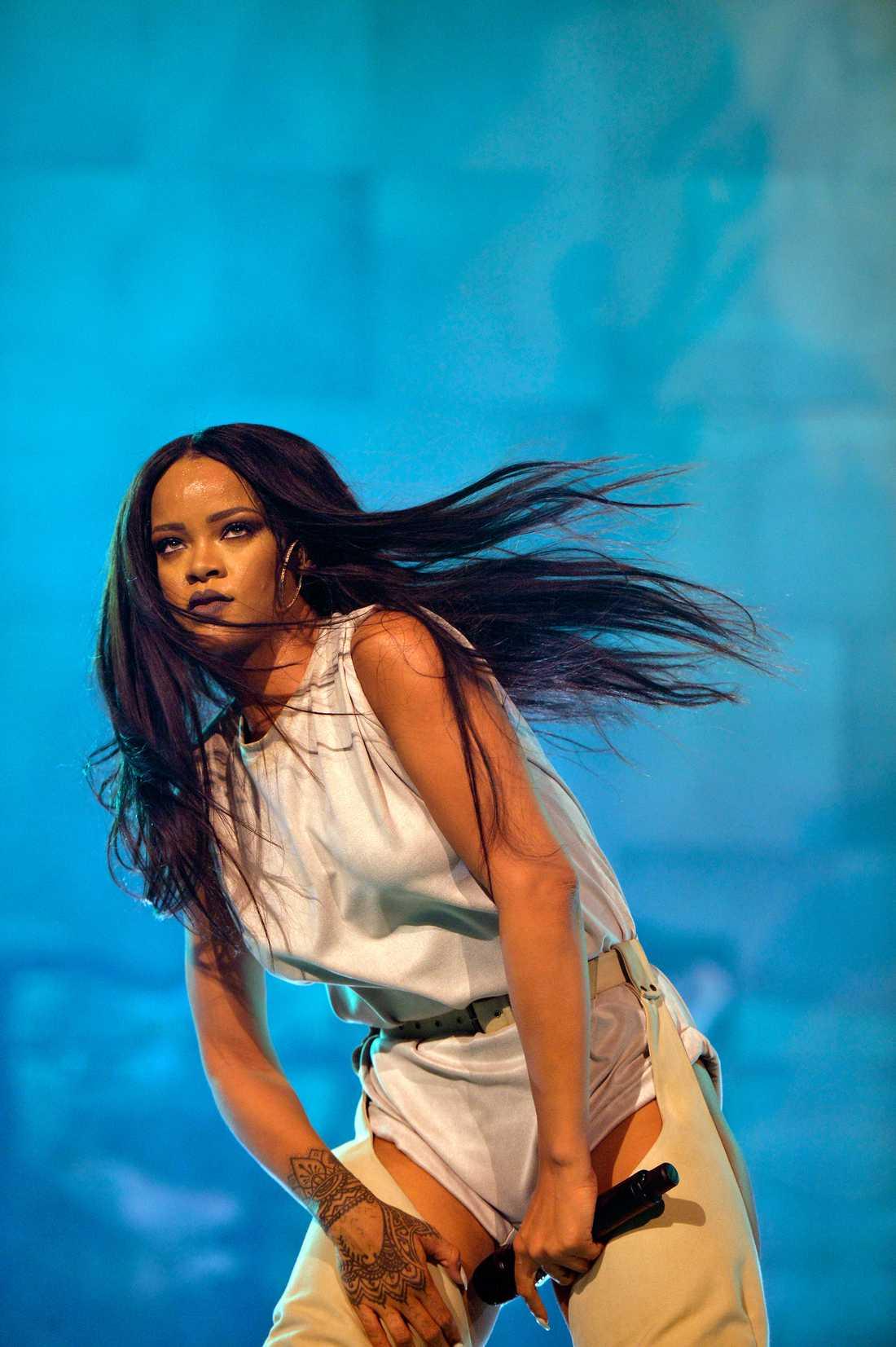 Calvin Harris släppte låten ihop med Rihanna.