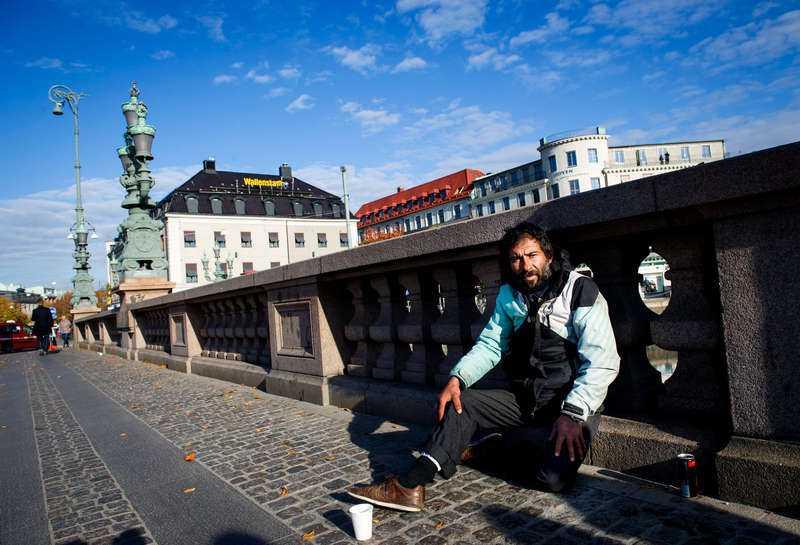 Krasto anklagades för att ha rånat en moderat politiker i Bältespännarparken i Göteborg. Nu åtalas M-kvinnan för falsk angivelse, falskt larm och urkundsförfalskning.