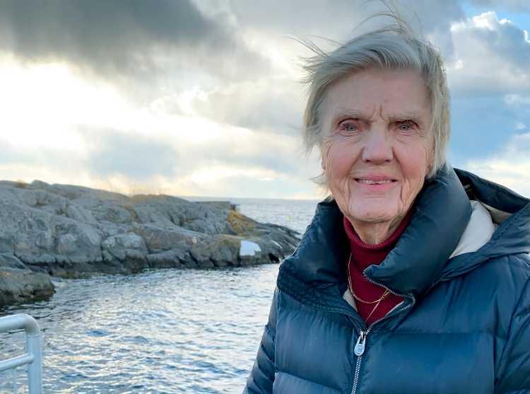 """""""Redan efter 40 dalar intresset från arbetsgivarna och det har blivit detsamma med riksdagslistorna"""", säger en kritisk Barbro Westerholm, riksdagskvinna för L, som under pandemin arbetat från Landsort i Stockholms skärgård."""
