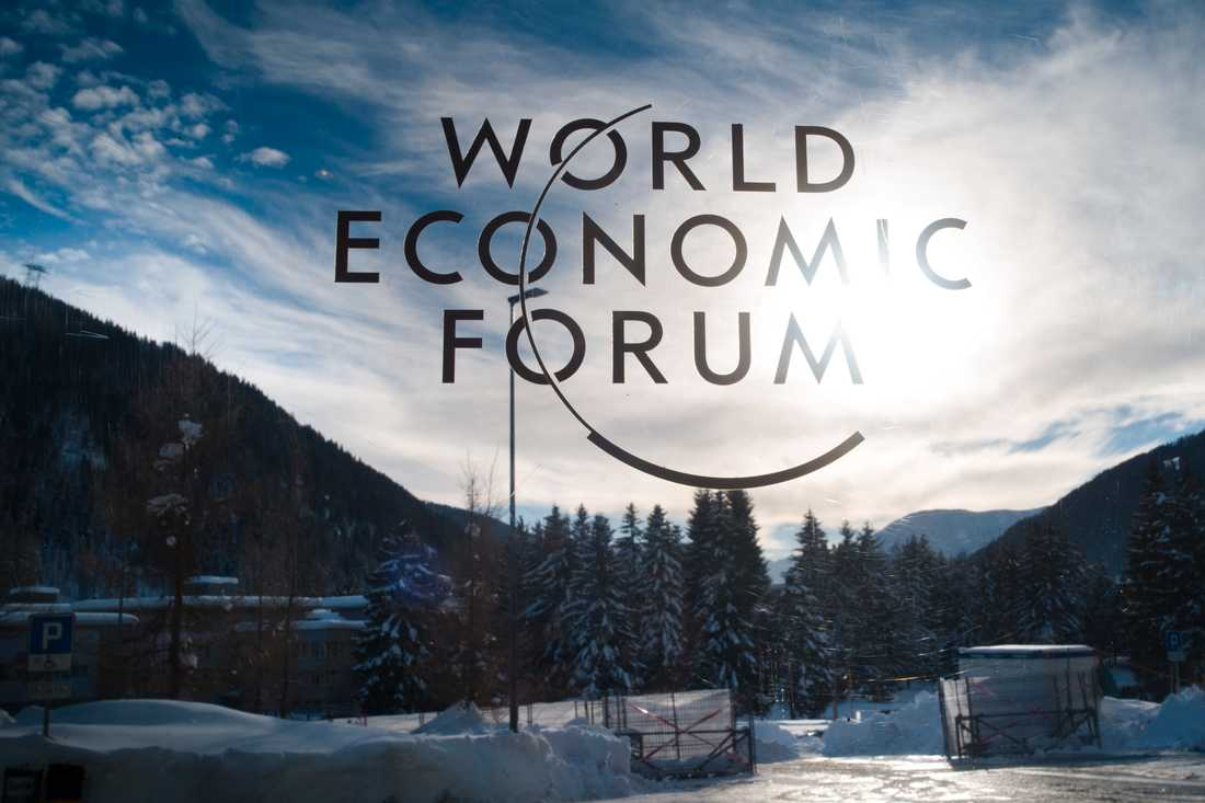Världsekonomiskt forum (WEF) förutspår att det kommer att ta över 250 år för världens arbetsplatser att bli jämställda. Bild från Davos i Schweiz i samband med WEF:s årliga möte där i januari i år.