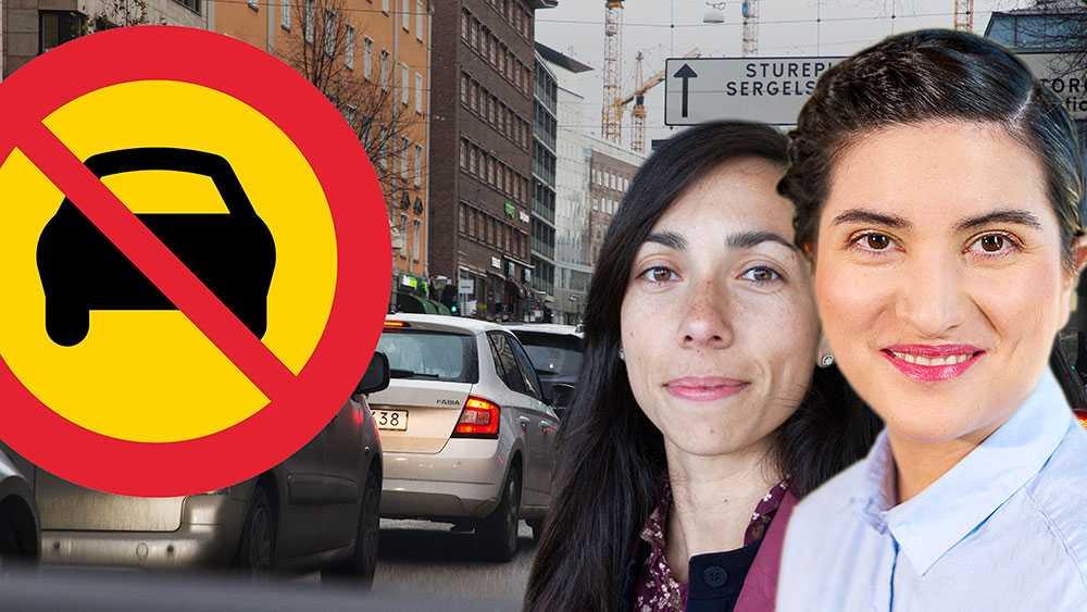 Inför bilfria söndagar i innerstaden. Liknande initiativ finns redan i närmare 400 städer. Paris, Kapstaden, Bangalore är några exempel. Till och med i Mexiko city, en av de mest trafikerande städerna i världen, har de lyckats skapa bilfria halvdagar, skriver Sissela Nordling Blanco, Feministiskt initiativ Stockholm.