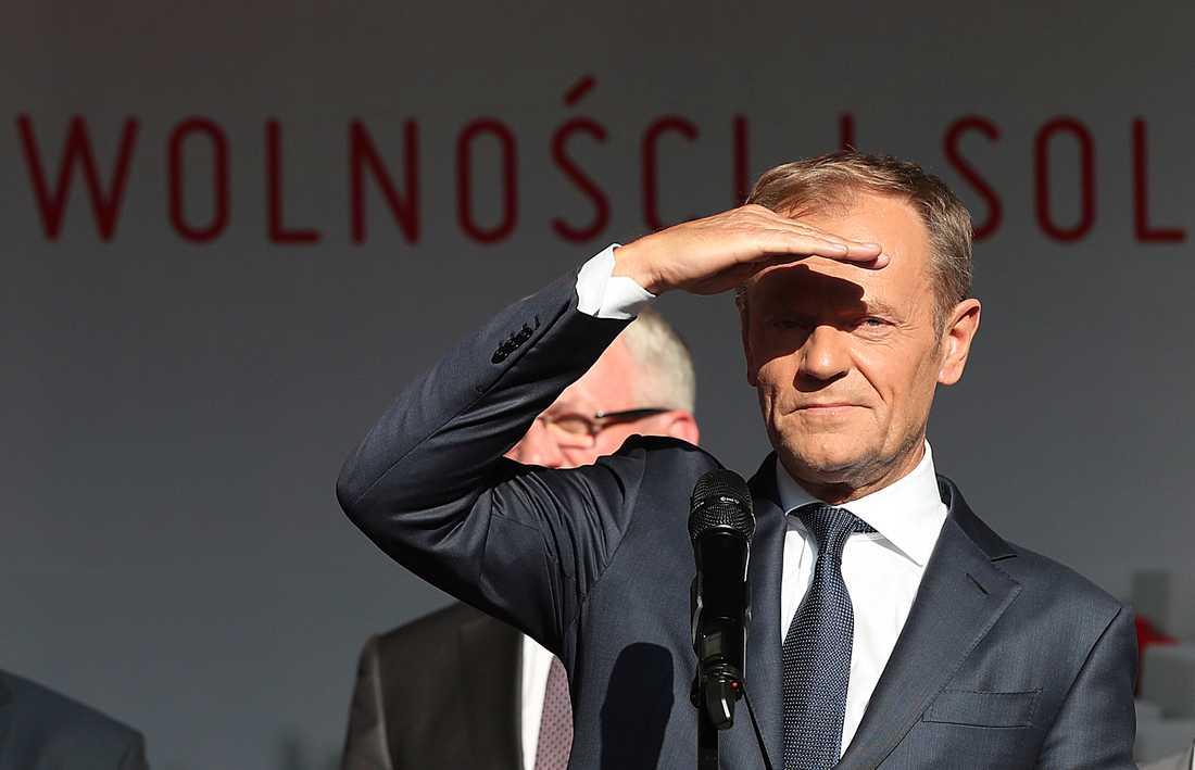 EU:s permanente rådsordförande Donald Tusk spanar efter en ny kommissionsordförande. Frågan är om han hinner hitta någon till veckans toppmöte i Bryssel. Arkivfoto.