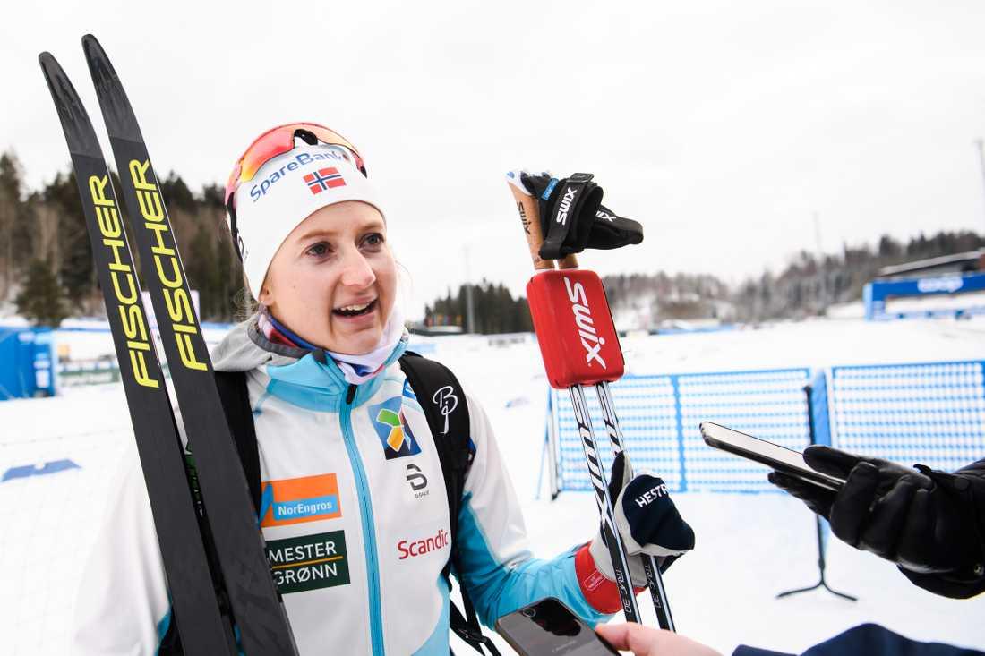 Ingvild Flugstad Östberg backar Charlotte Kalla inför VM.