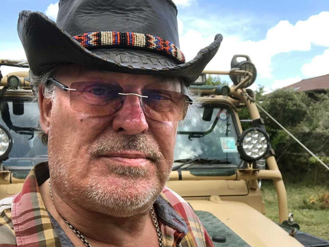 Göran Uddén, 63, från Stockholm har flytt till Kenya för att slippa coronaviruset.