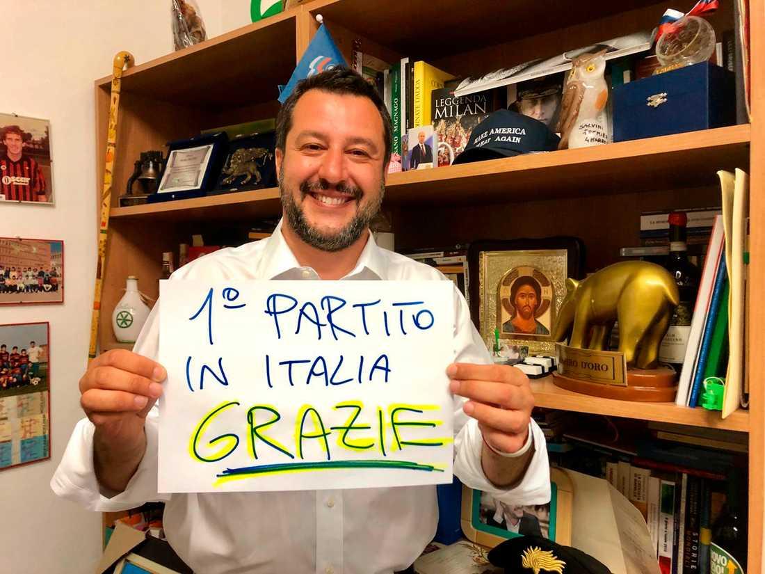 Det främlingsfientliga italienska partiet Legas ledare Matteo Salvini tackar för stödet till sitt parti i EU-valet.