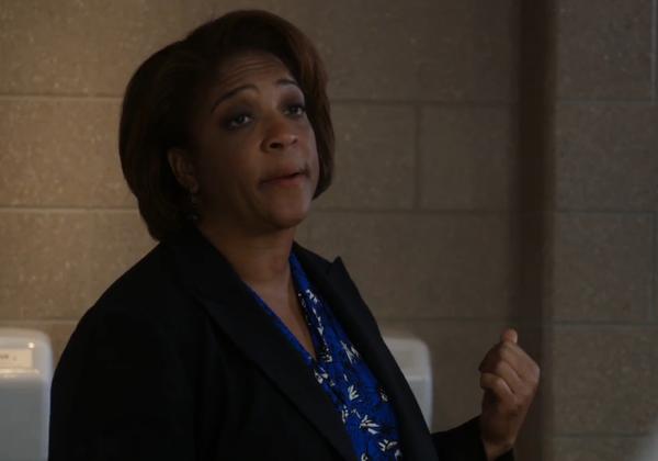 """DuShon Monique Brown som """"Connie""""."""