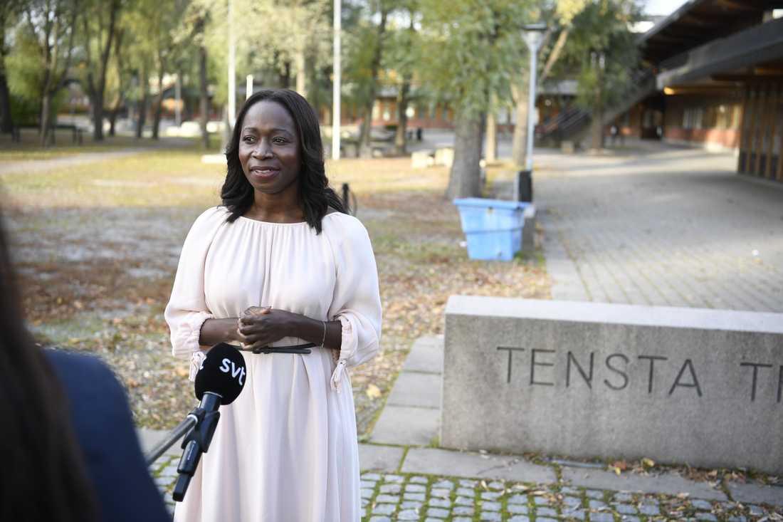 Partiledaren Nyamko Sabuni höll tal vid Liberalernas partiråd i Tensta i norra Stockholm på söndagen.