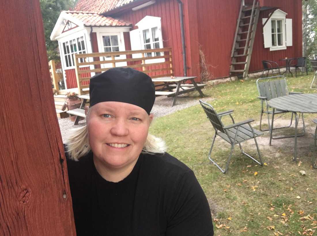 Marina Andersson driver Fridhems kaffestuga.