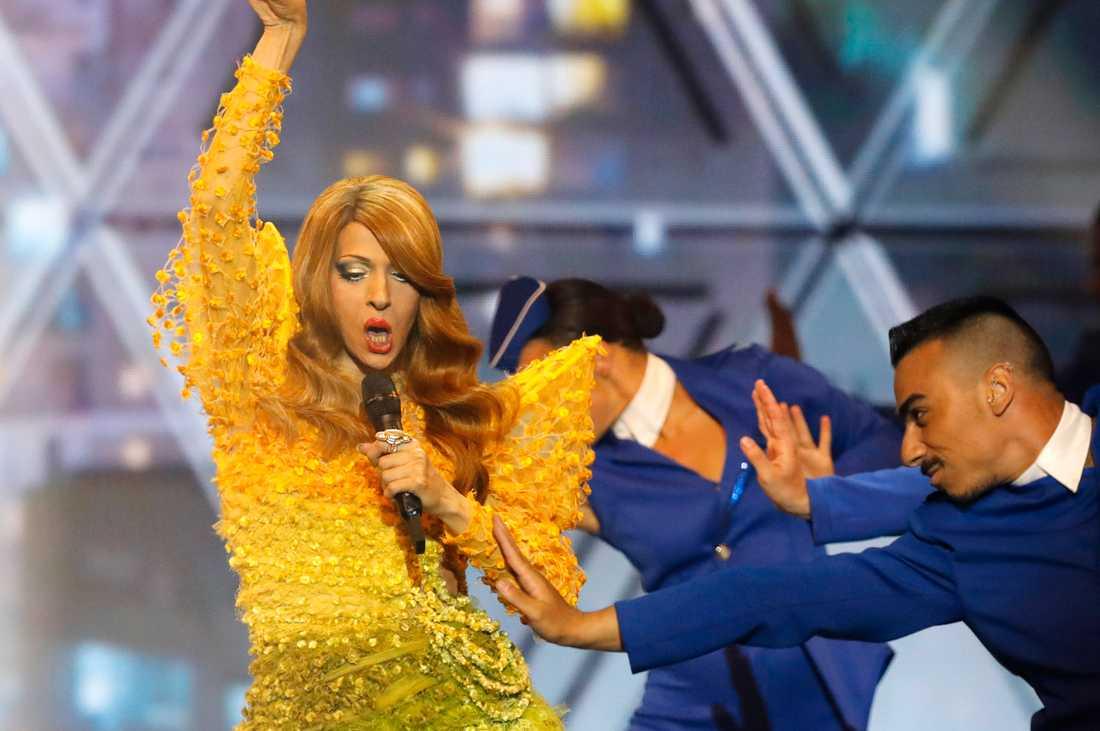 Israeliska Dana International uppträder inför Eurovisionfinalen 2019.