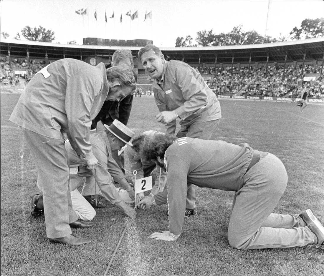 Kontrollmätning när Ricky Bruch tangerade världsrekordet på DN-galan 1972.
