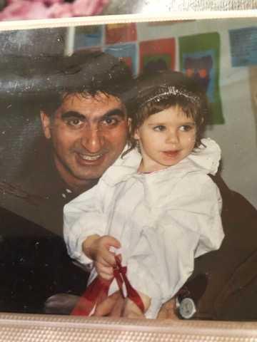 Mahdi Emami firar lucia med dottern Madeleine.
