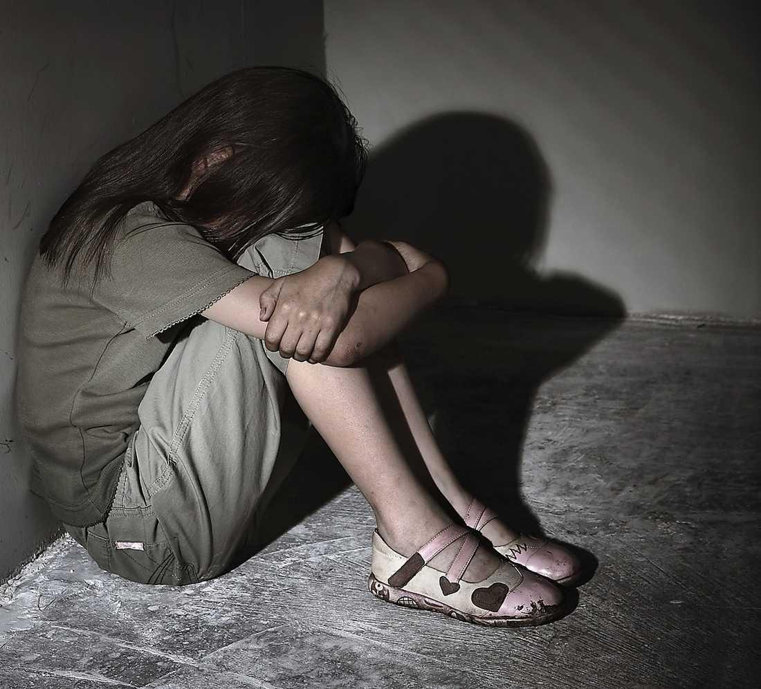 Att motverka våld och övergrepp mot barn är en prioriterad fråga för regeringen, skriver barn- och äldreministern.