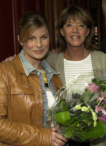 """folkkära vinnare Carola Häggkvist och Barbro """"Lill-Babs"""" Svensson fick pris för sina långa karriärer av organisationen Folkets Hus och Parker."""