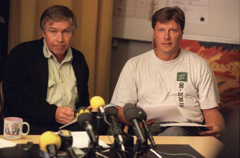 1996 Lars Ohly var partisekreterare och Johan Lönnroth vide ordförande i Vänsterpartiet.