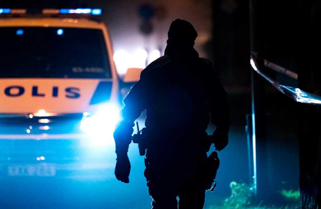 Två män har förts till sjukhus efter att ha blivit knivhuggna i Flemingsberg. Arkivbild.