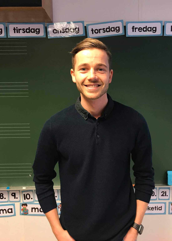 Jörgen Snöås, 25, tycker att det är viktigt att eleverna känner sig sedda.