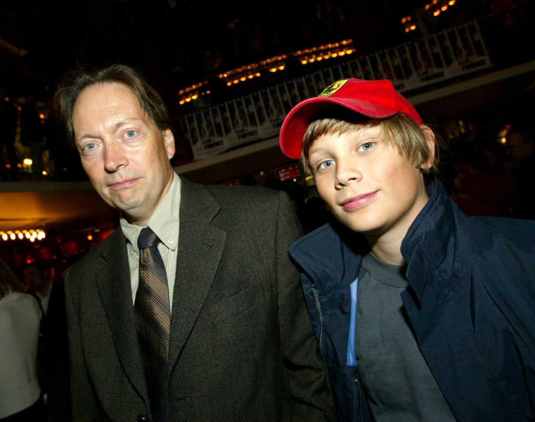 Marcel Engdahl med pappa Horace år 2003.