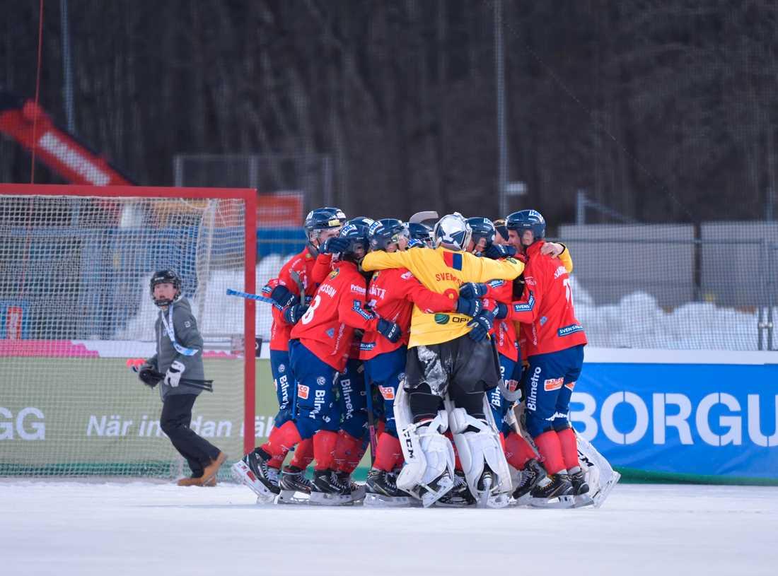 Edsbyn fick fira sm-guldet på Studenternas den gångna säsongen. Nu står det klart att även nästa års final kommer att spelas i Uppsala. Arkivbild.
