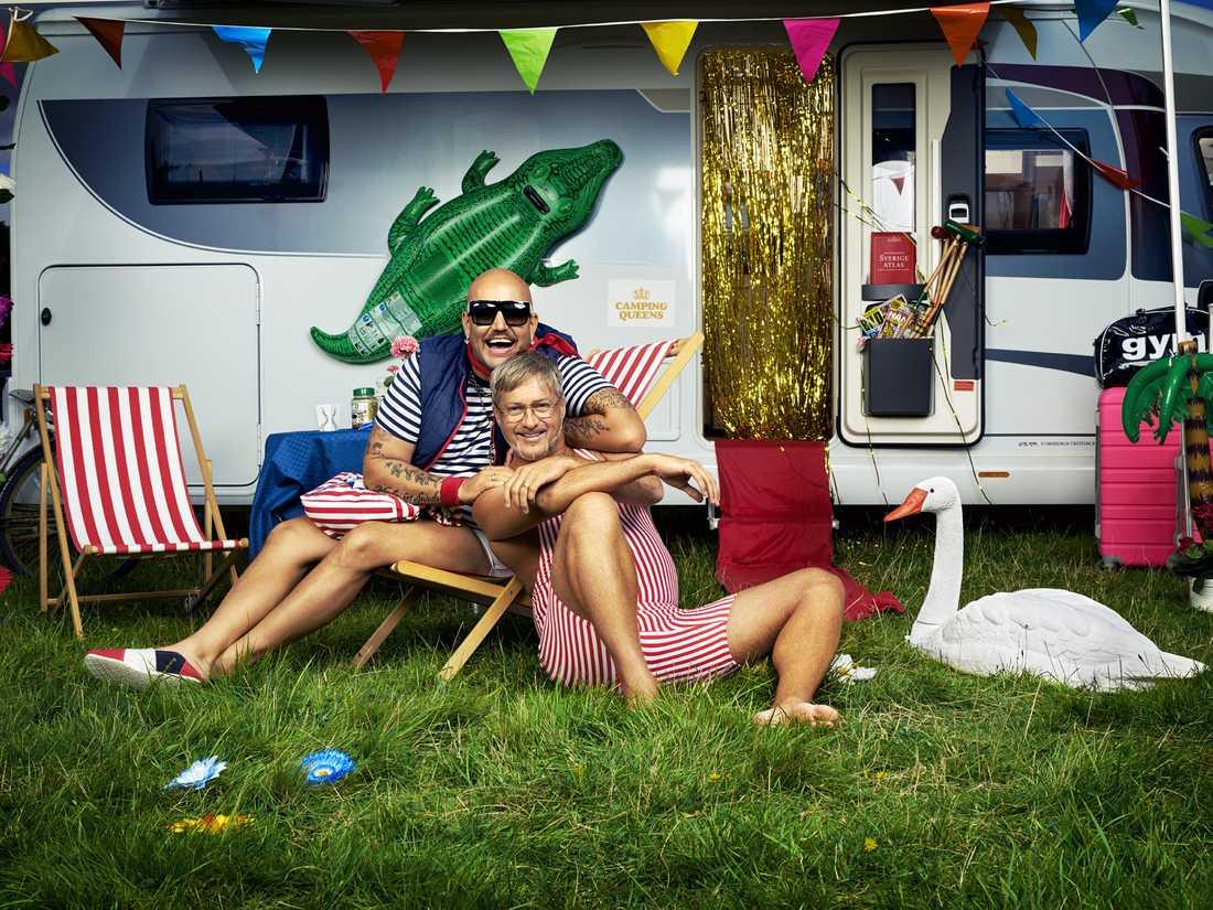 """Jonas Hallberg och Tony Irving i """"Camping Queens"""""""