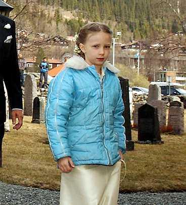 Bröllopets tärna var Malin Berghagen-Nilssons dotter Linn.