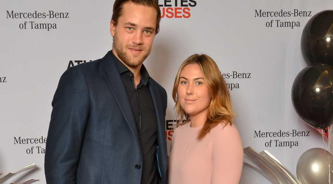 Victor Hedman och Sanna Grundberg gifter sig i sommar