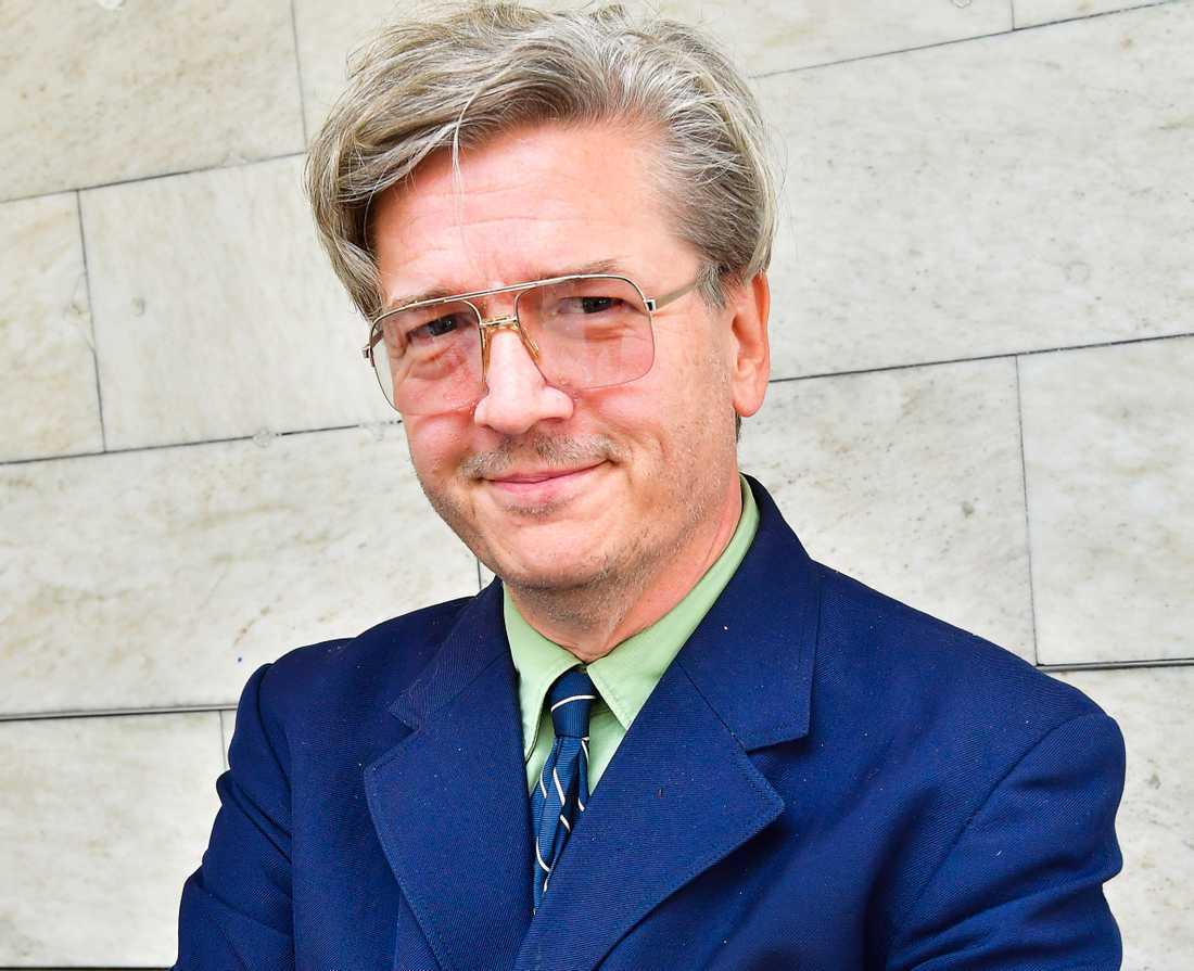 Tomas Alfredson.