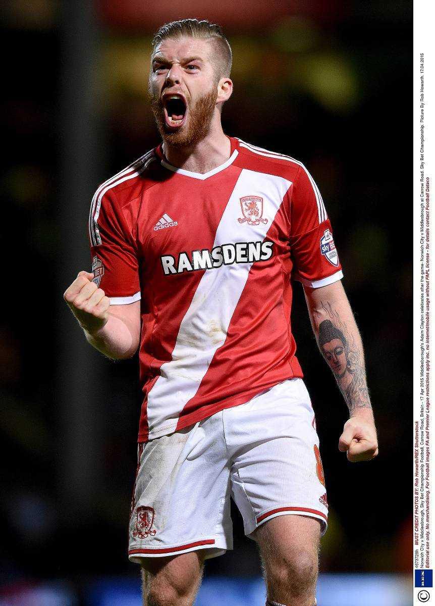 """UPP I TOPP – FÖR TILLFÄLLET Adam Clayton skriker ut sin glädje efter att Middlesbrough vunnit mot Norwich i gårdagens toppmöte. Därmed är """"Boro"""" etta i Championship och på Premier League-plats inför dagens matcher.Foto"""
