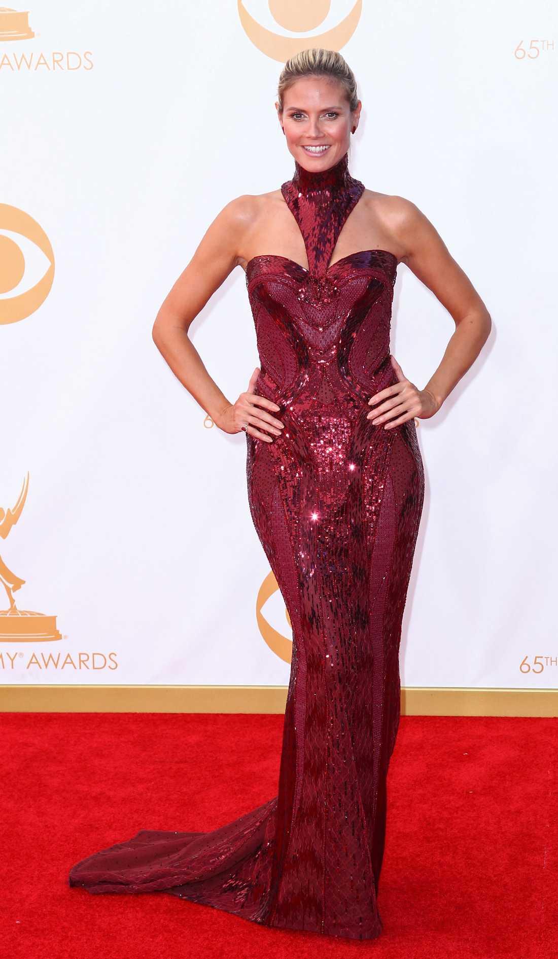 Heidi Klum  Versace tog strypgrepp om Heidi Klum som fick pris under kvällen.